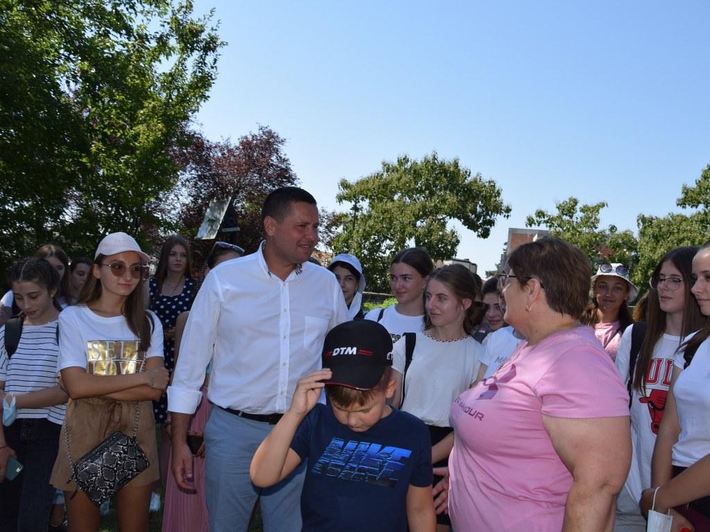 https://www.cjd.ro/storage/comunicate-de-presa/17-08-2021/4946/50-de-copii-din-raionul-ialoveni-republica-moldova-se-afla-in-tabara-in-judetul-nostru-13.JPG