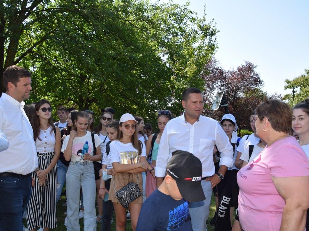https://www.cjd.ro/storage/comunicate-de-presa/17-08-2021/4946/50-de-copii-din-raionul-ialoveni-republica-moldova-se-afla-in-tabara-in-judetul-nostru-14.JPG