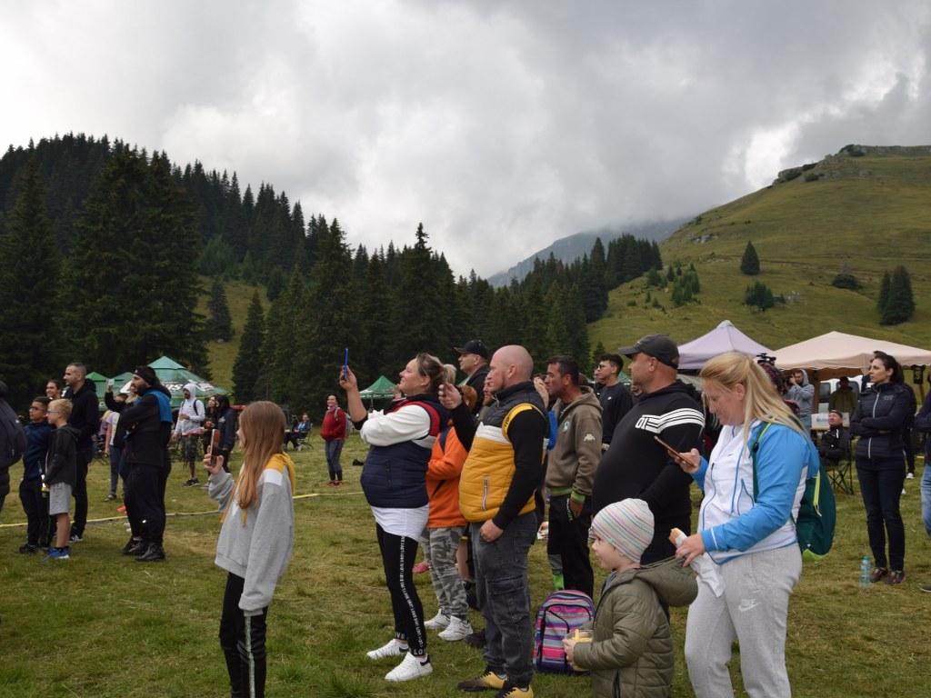 https://www.cjd.ro/storage/comunicate-de-presa/25-07-2021/4940/distractie-si-voie-buna-la-mare-altitudine-festivalul-pestera-padina-a-revenit-cu-o-noua-editie-7.JPG