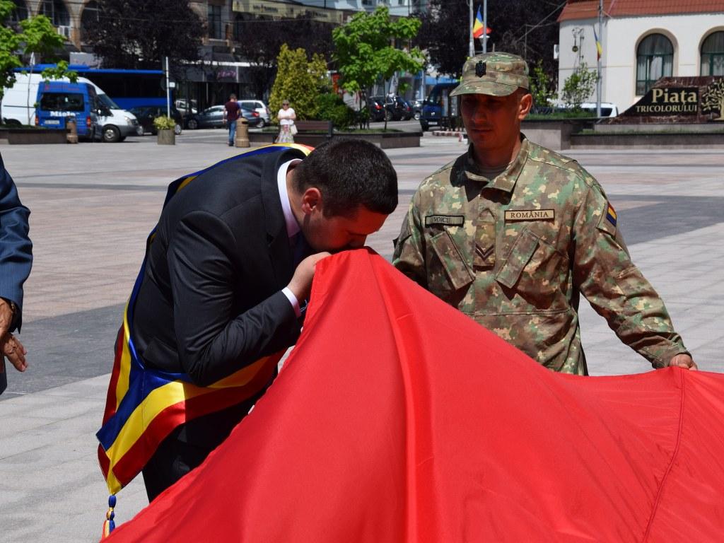 https://www.cjd.ro/storage/comunicate-de-presa/26-06-2021/4925/ziua-drapelului-national-la-targoviste-1.JPG
