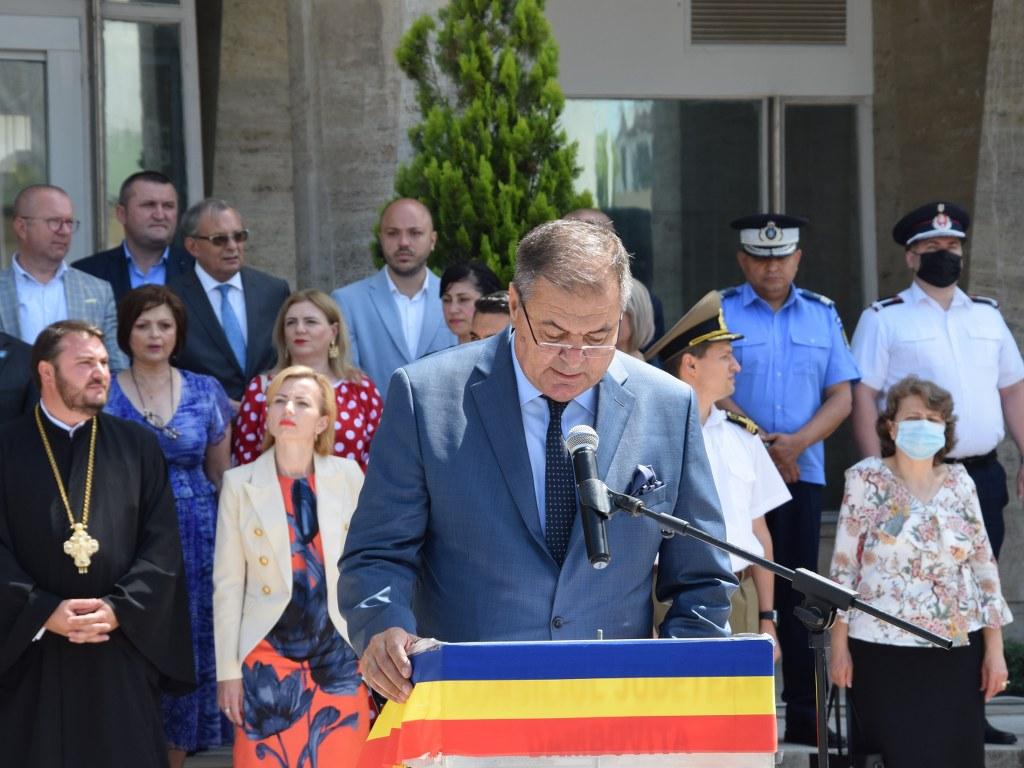 https://www.cjd.ro/storage/comunicate-de-presa/26-06-2021/4925/ziua-drapelului-national-la-targoviste-29.JPG
