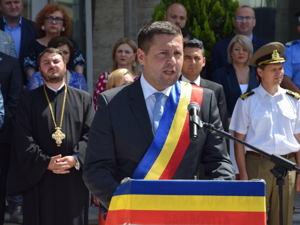 https://www.cjd.ro/storage/comunicate-de-presa/26-06-2021/4925/ziua-drapelului-national-la-targoviste-33.JPG