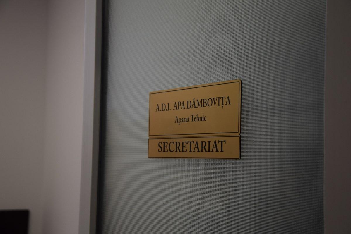 https://www.cjd.ro/storage/comunicate-de-presa/26-08-2021/4950/consiliul-judetean-dambovita-pune-la-dispozitie-sediu-unic-pentru-toate-adi-din-judetul-dambovita-7.JPG