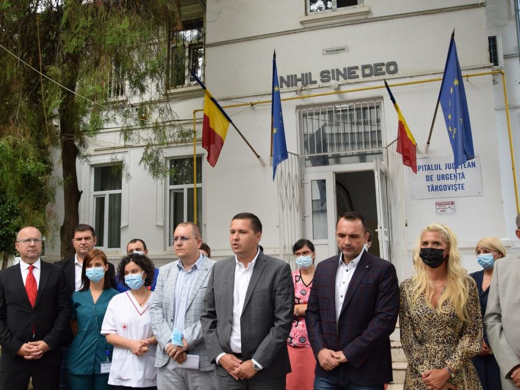 https://www.cjd.ro/storage/comunicate-de-presa/27-08-2021/4951/alti-12-medici-au-ales-sa-lucreze-la-spitalul-judetean-de-urgenta-targoviste-10.JPG