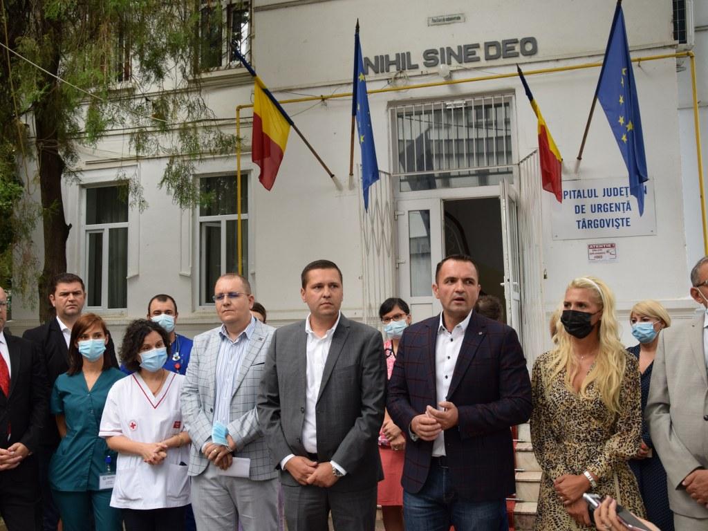https://www.cjd.ro/storage/comunicate-de-presa/27-08-2021/4951/alti-12-medici-au-ales-sa-lucreze-la-spitalul-judetean-de-urgenta-targoviste-13.JPG