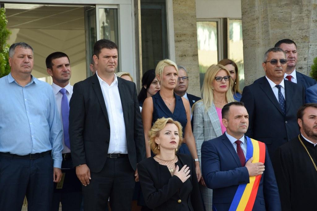 https://www.cjd.ro/storage/comunicate-de-presa/29-07-2021/4941/imnul-national-a-rasunat-astazi-29-iulie-2021-in-piata-tricolorului-din-municipiul-targoviste-4.JPG
