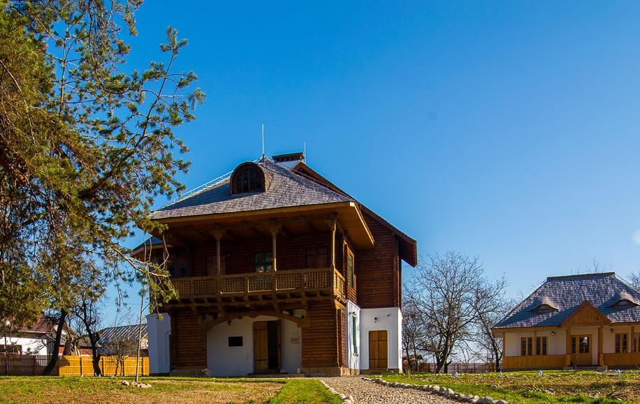https://www.cjd.ro/storage/comunicate-de-presa/a-inceput-editia-de-primavara-a-targului-de-turism-al-romaniei-6.jfif